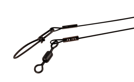 Поводок стальной 1х7 в нейлоновой оплетке BFT nylon coated wire leader 18